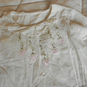 Vtg cream pink floral embroidery blouse top shirt